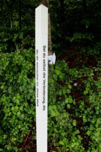 Friedenspfahl Friedensweg Gemeinschaft Sennrueti